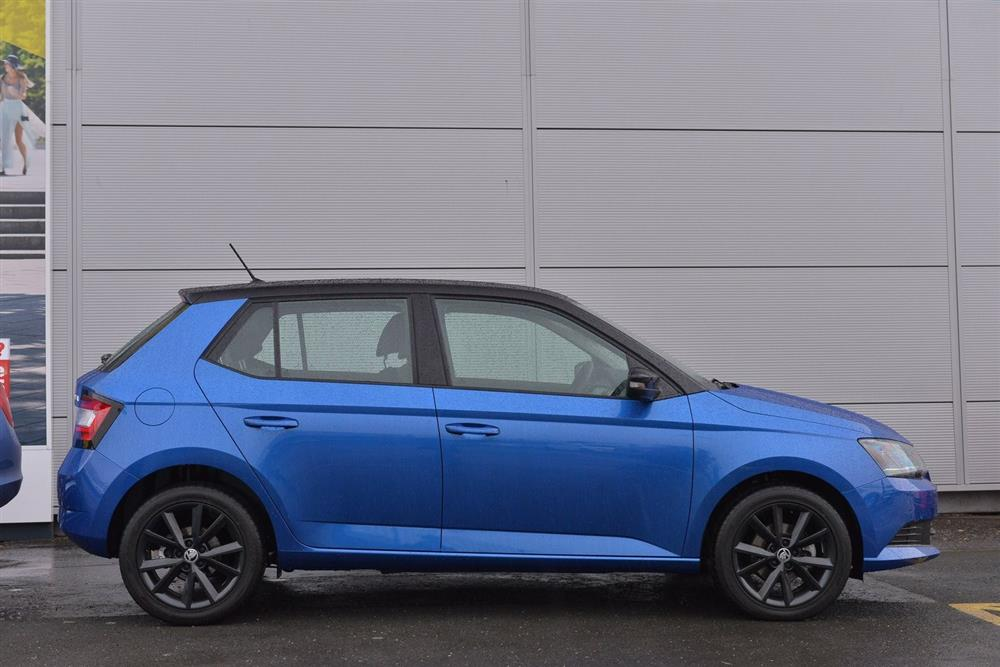 skoda fabia hatchback 5-dr 1.2 tsi (90ps) colour edition for sale at