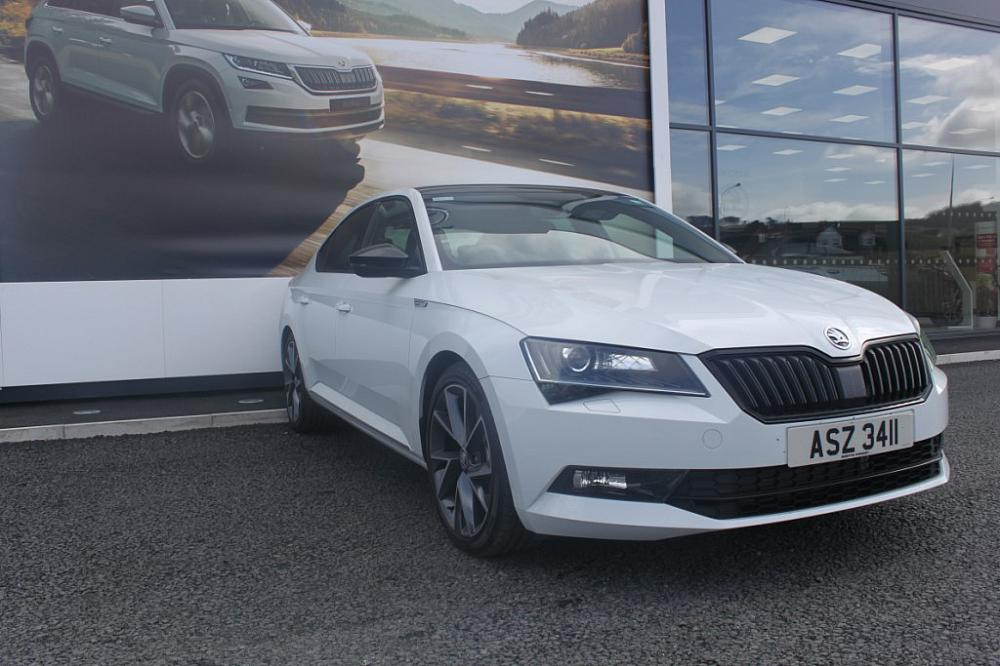 Skoda SUPERB HATCHBACK 5-DR 2.0 TDI CR Elegance