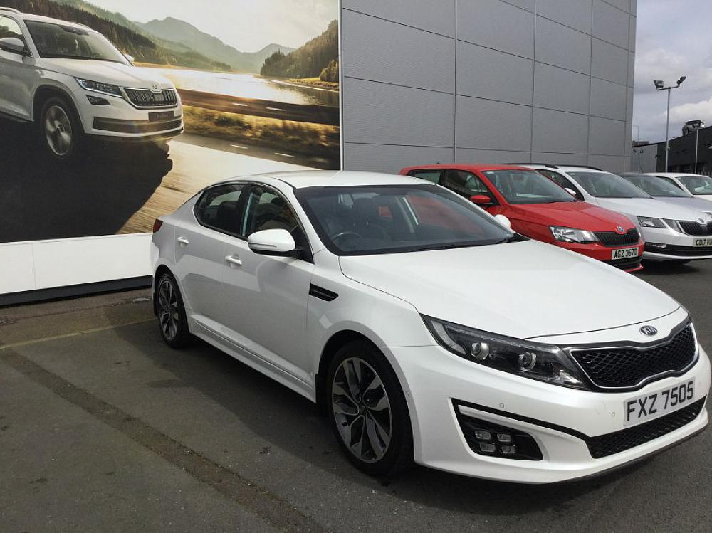 Kia Optima 1 7 Crdi 2 Eco For At Mervyn Used Car Dealer Based In Belfast Bangor And Newtownards Northern Ireland