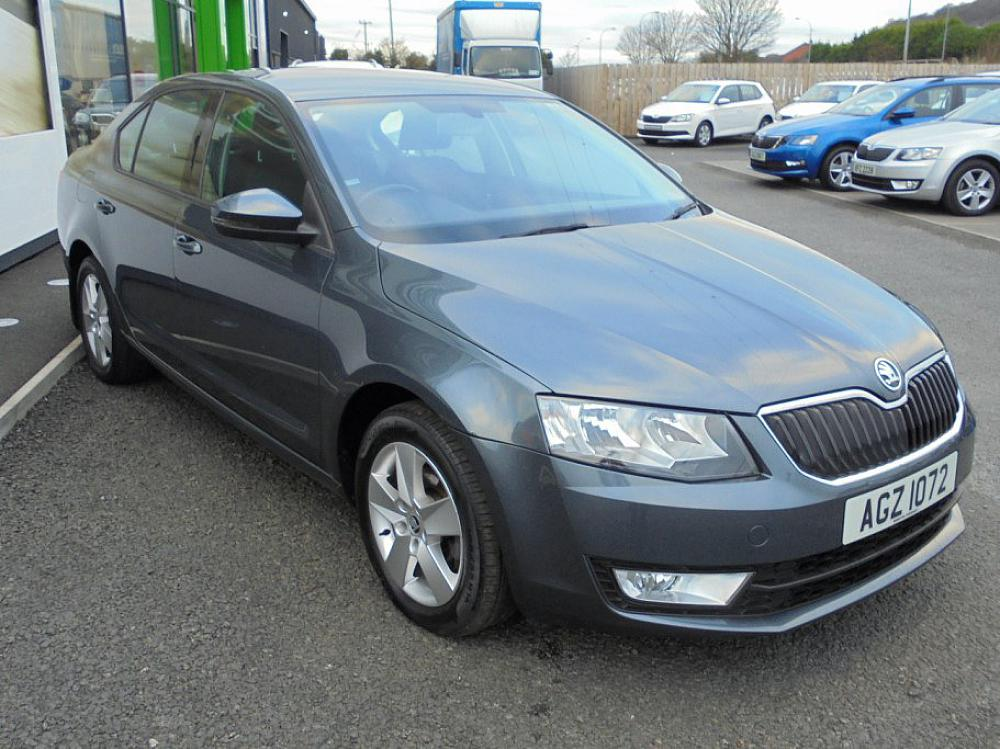 SKODA OCTAVIA HATCH 1.6 SE TDI CR 110PS - 12 MONTH WARRANTY