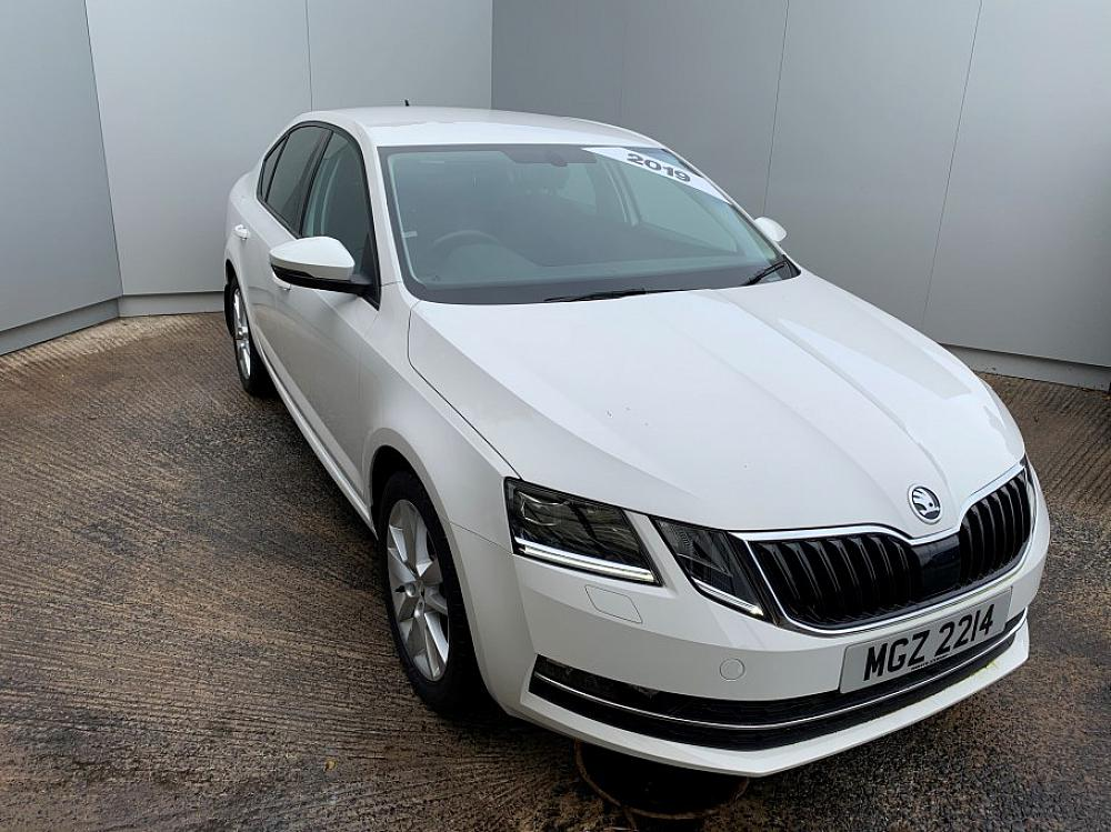 SKODA OCTAVIA HATCH 2.0 TDI SEL 150PS DSG