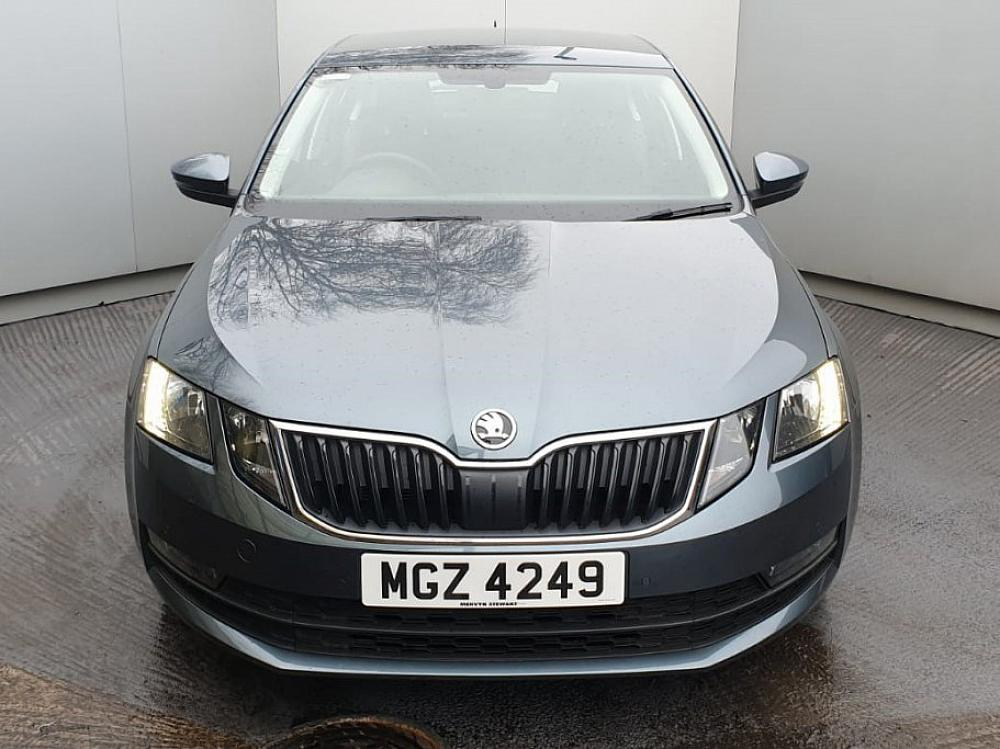 SKODA OCTAVIA HATCH 1.6 SE TECHNOLOGY TDI 115PS