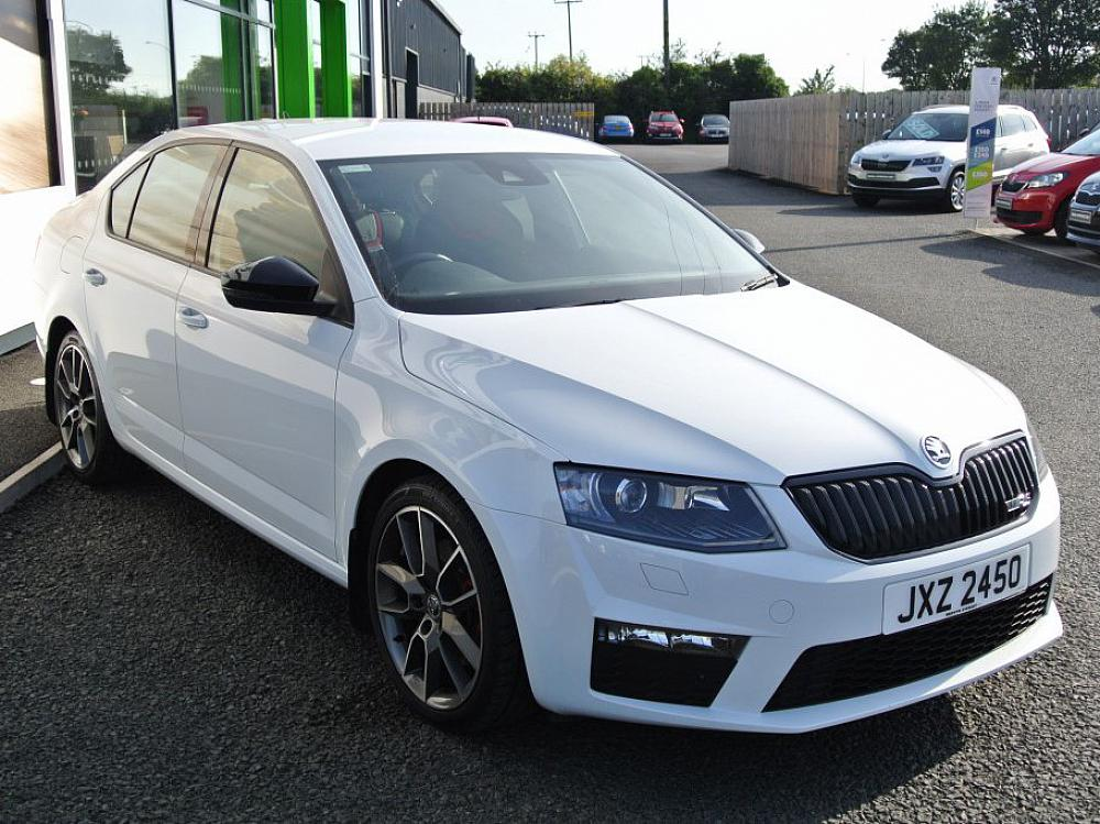 SKODA OCTAVIA HATCH 2.0 VRS TDI CR 184PS