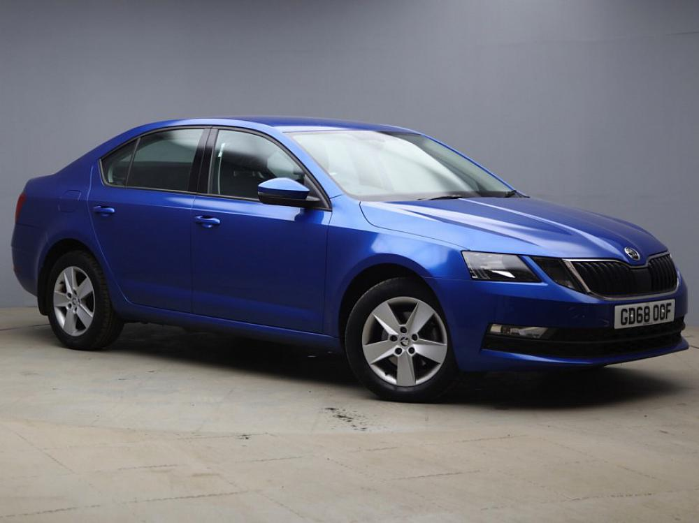 SKODA OCTAVIA HATCH SE 1.0 TSI 115PS
