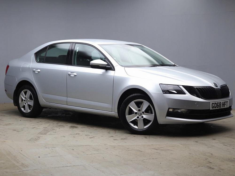 SKODA OCTAVIA HATCH SE 1.0 TSI 115 PS