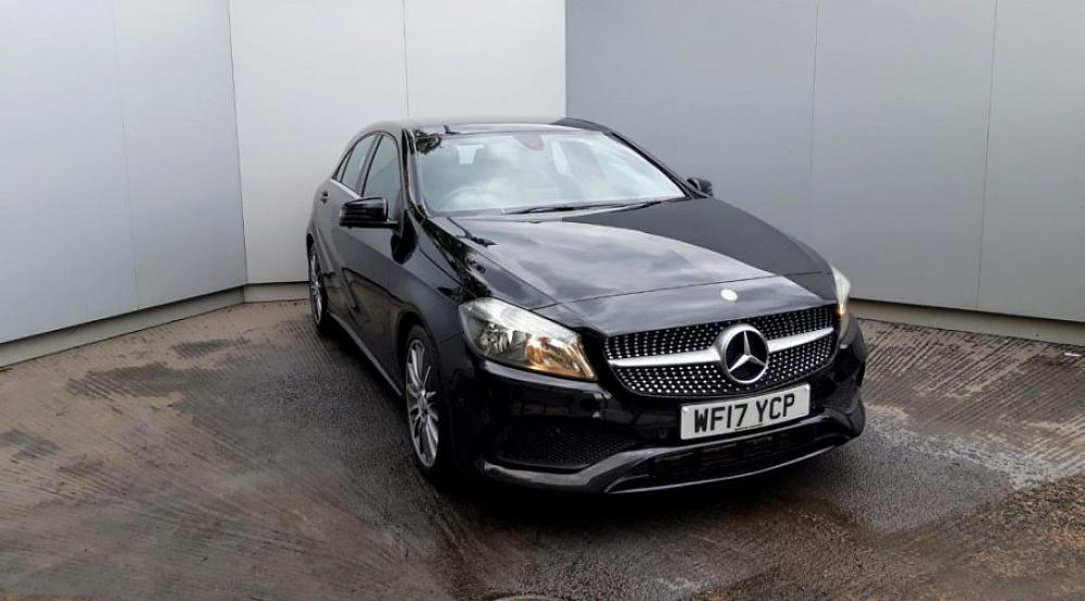 MERCEDES-BENZ A 200D AMG LINE EXECUTIVE