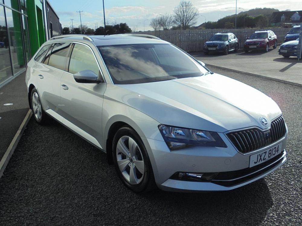 SKODA SUPERB SE TECHNOLOGY TDI PAN ROOF/POWER TAILGATE/HEATED WINDSCREEN/LEATHER INTERIOR