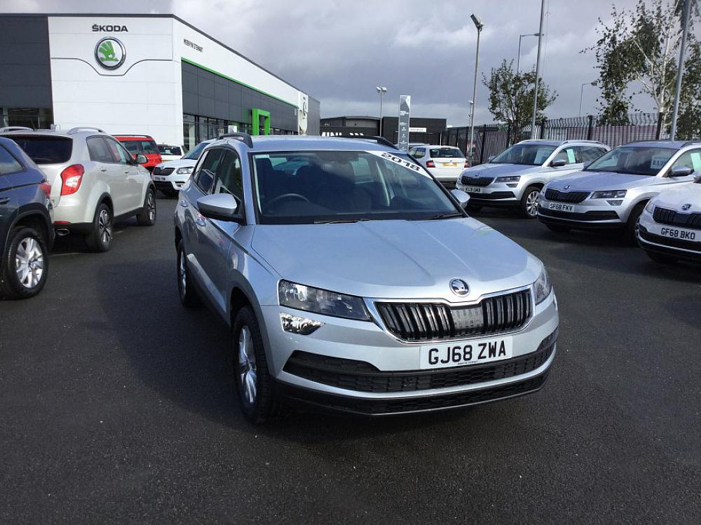 SKODA KAROQ SE NAV PLUS 1.0 TSI 115PS
